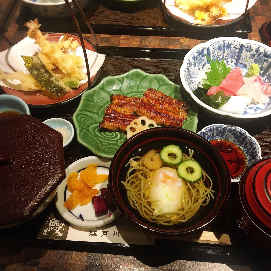 京都駅の近鉄とJRの八条口の方にある近鉄名店街みやこみち内のお店で...