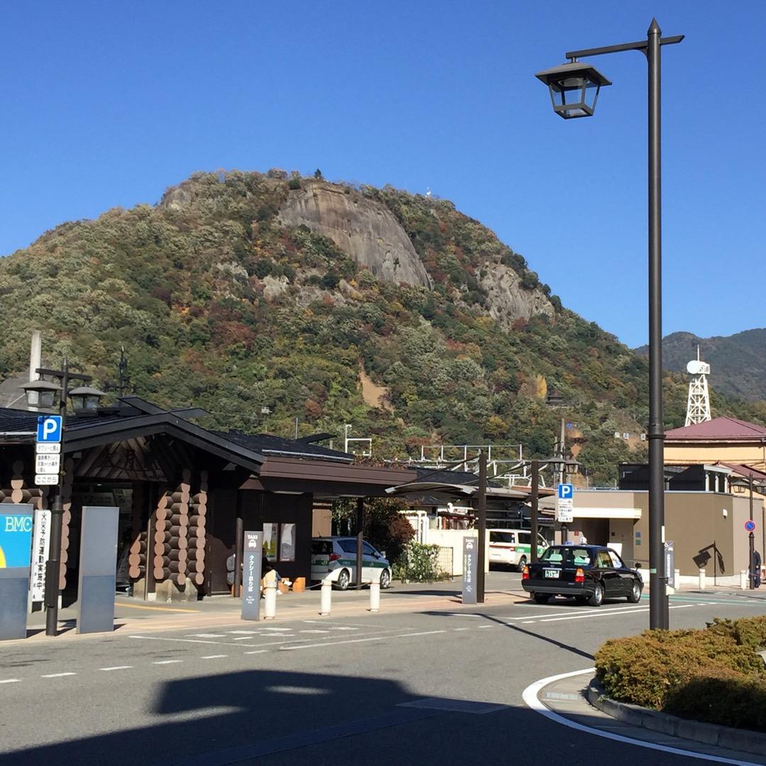 #大月駅 からの #岩殿山 634mなので東京スカイツリーと同じ高...