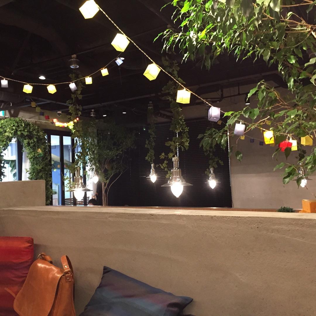 仙台駅東口から歩いて10分程の場所にあるラルデフェリというカフェ&...