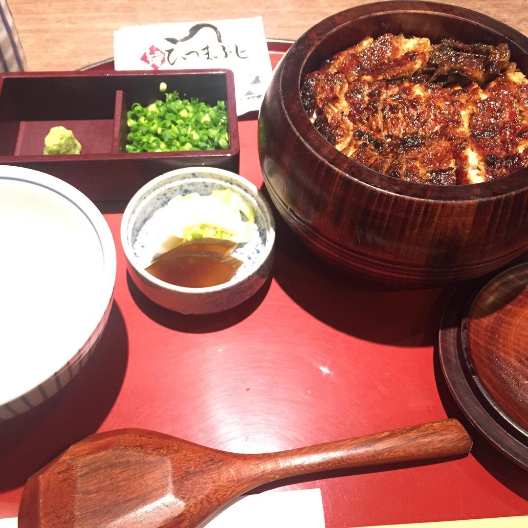 栄駅の中にあるひつまぶし屋さん【しら河】 名古屋といえば鰻! 美味...