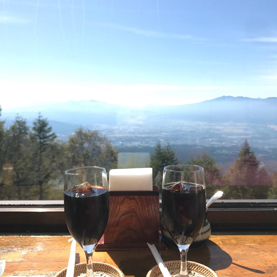 そんな素敵な景色を眺めながらのコーヒータイムも最高でした。 暖かい...