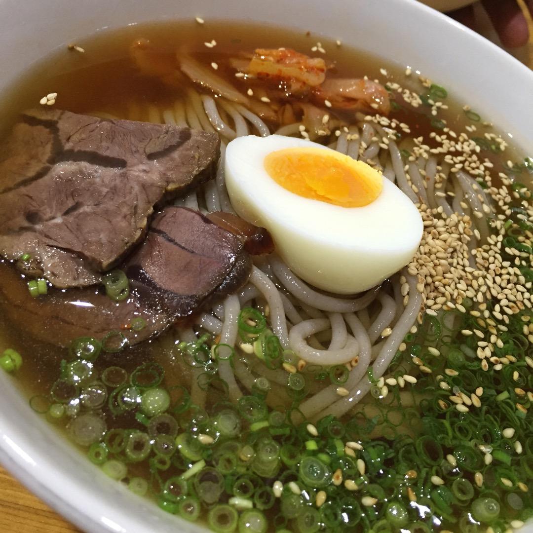 #六盛  別府冷麺といえばこちら! 冷たい中にピリッとした辛さ! ...