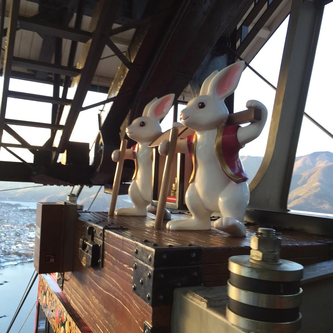 ロープウェイの上の所にこんな可愛らしいものが。カチカチ山ロープウェ...