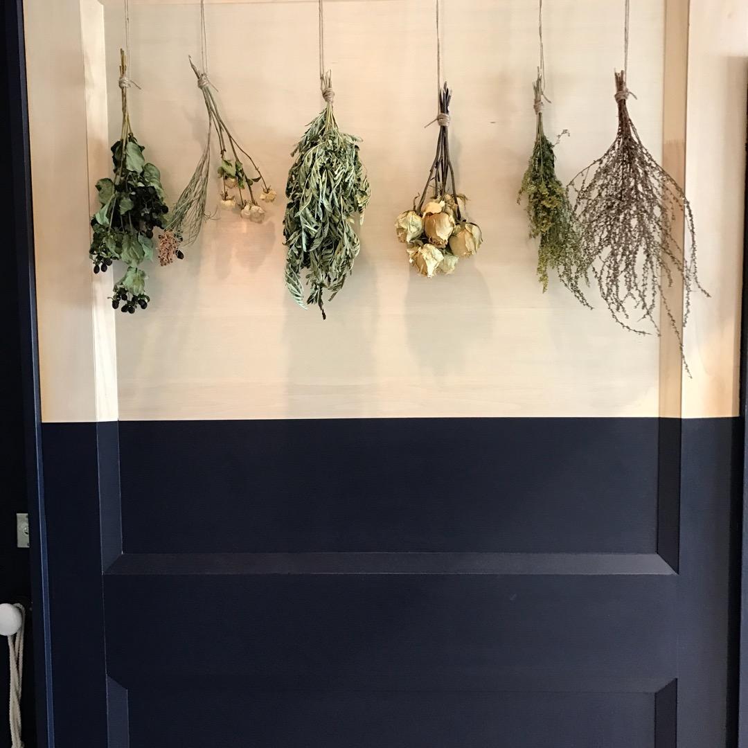 バンクシアという美容室。 アートに凄くこだわって作ったと、オーナー...