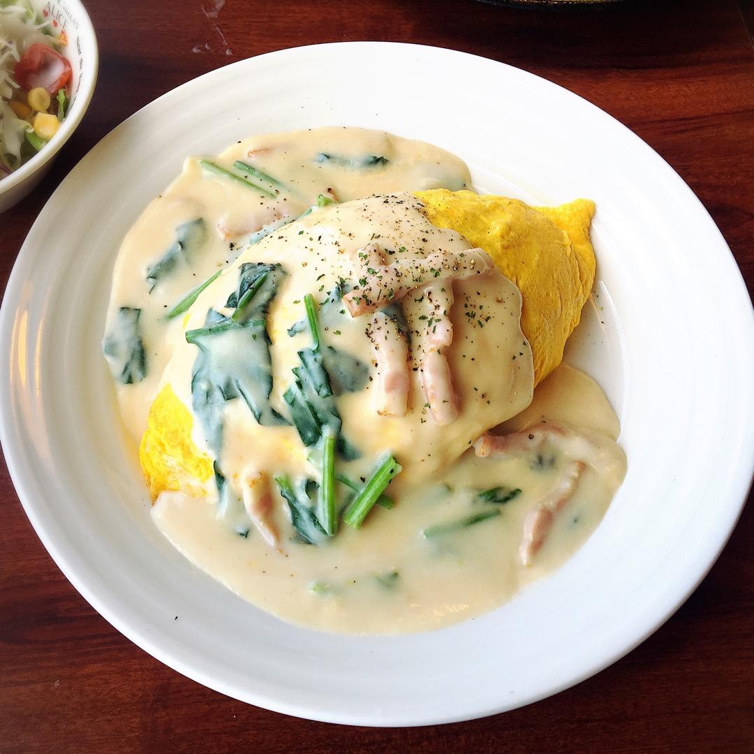 浜大津アーカス内にある琵琶湖を望むことができるレストランです! た...