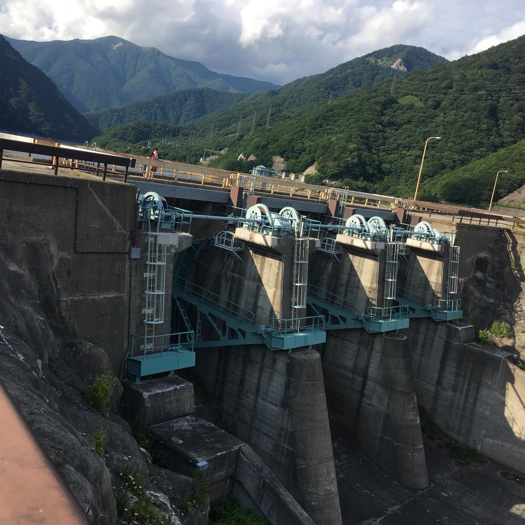 日本のダム100選