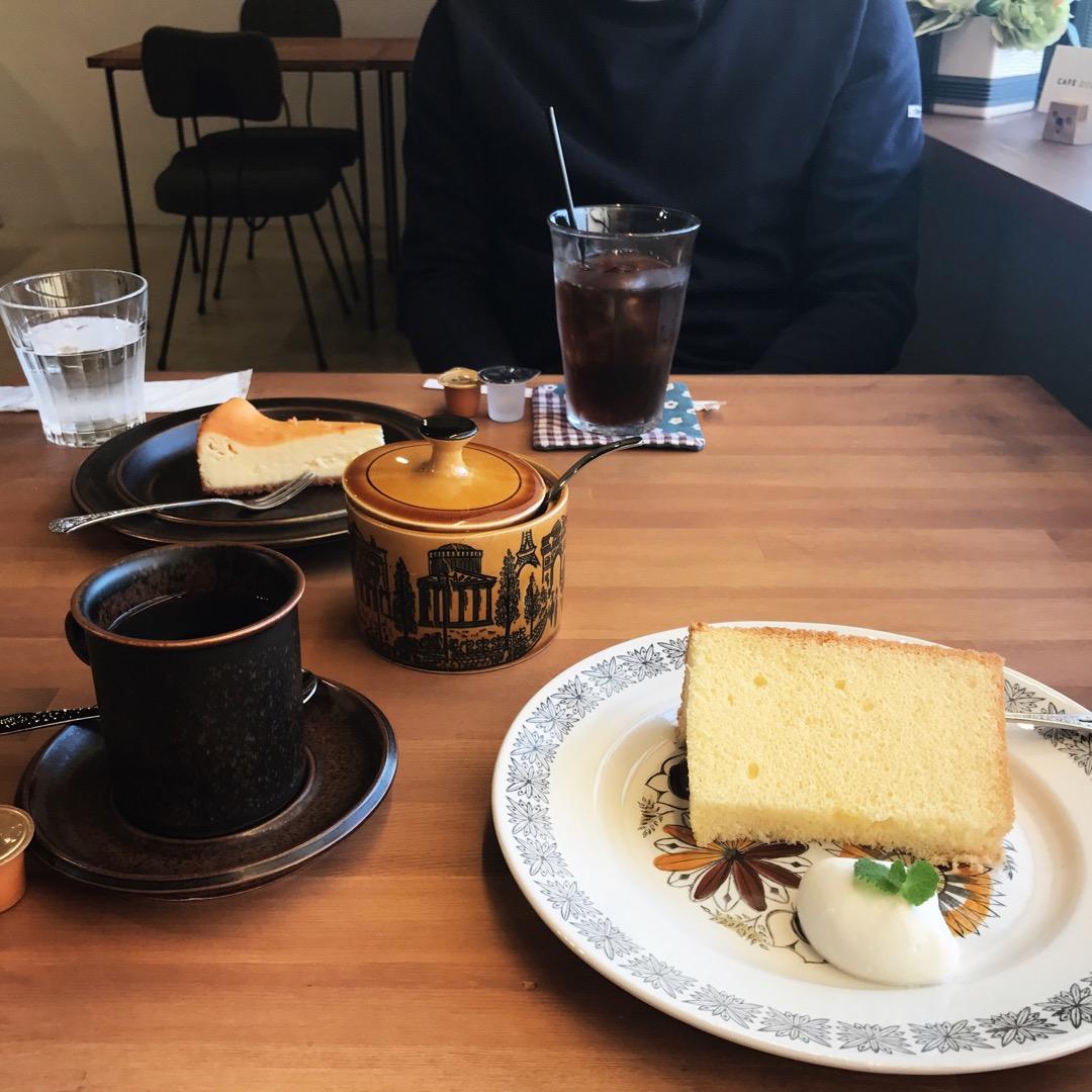 CAFE ROOMA𓅯𓂃 落ち着いた、席数の少ないカフェ 次はコー...