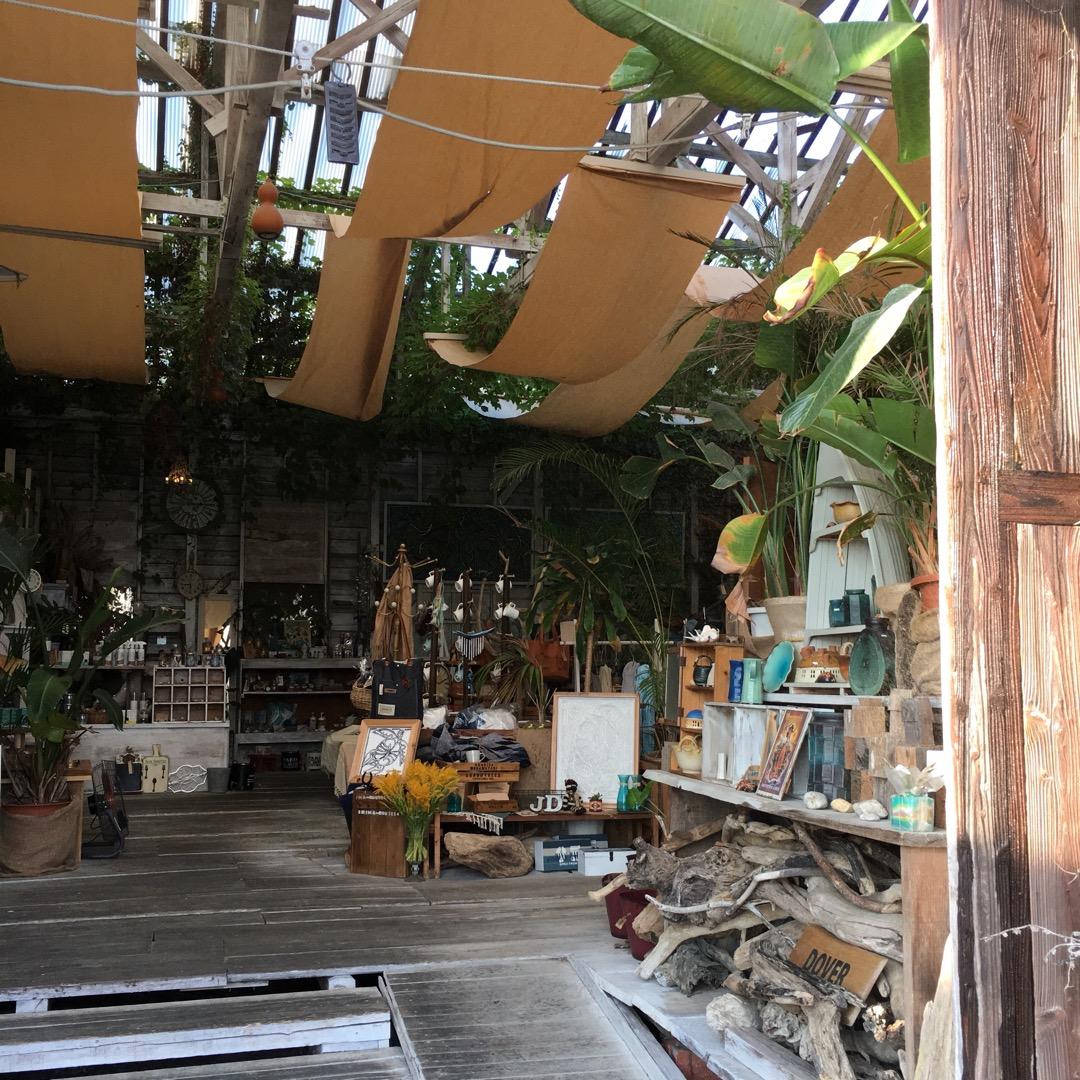 糸島の雑貨屋さんDOVER★ いろんな雑貨がたくさんおいてあります...