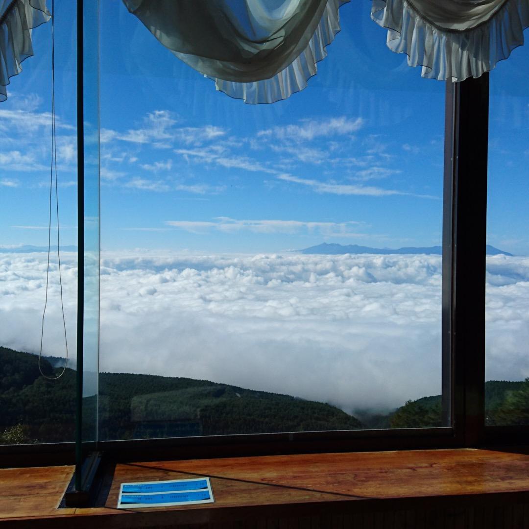 【長野県軽井沢】標高2000mに建つ天空の絶景ホテル。高峰高原ホテル