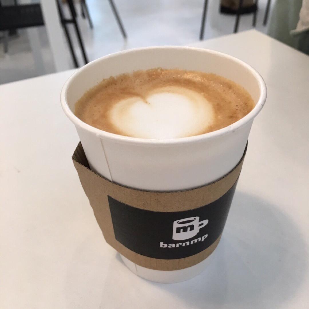 おしゃれなカフェ🍰barnmpさん コーヒーもすごく美味しいんです...