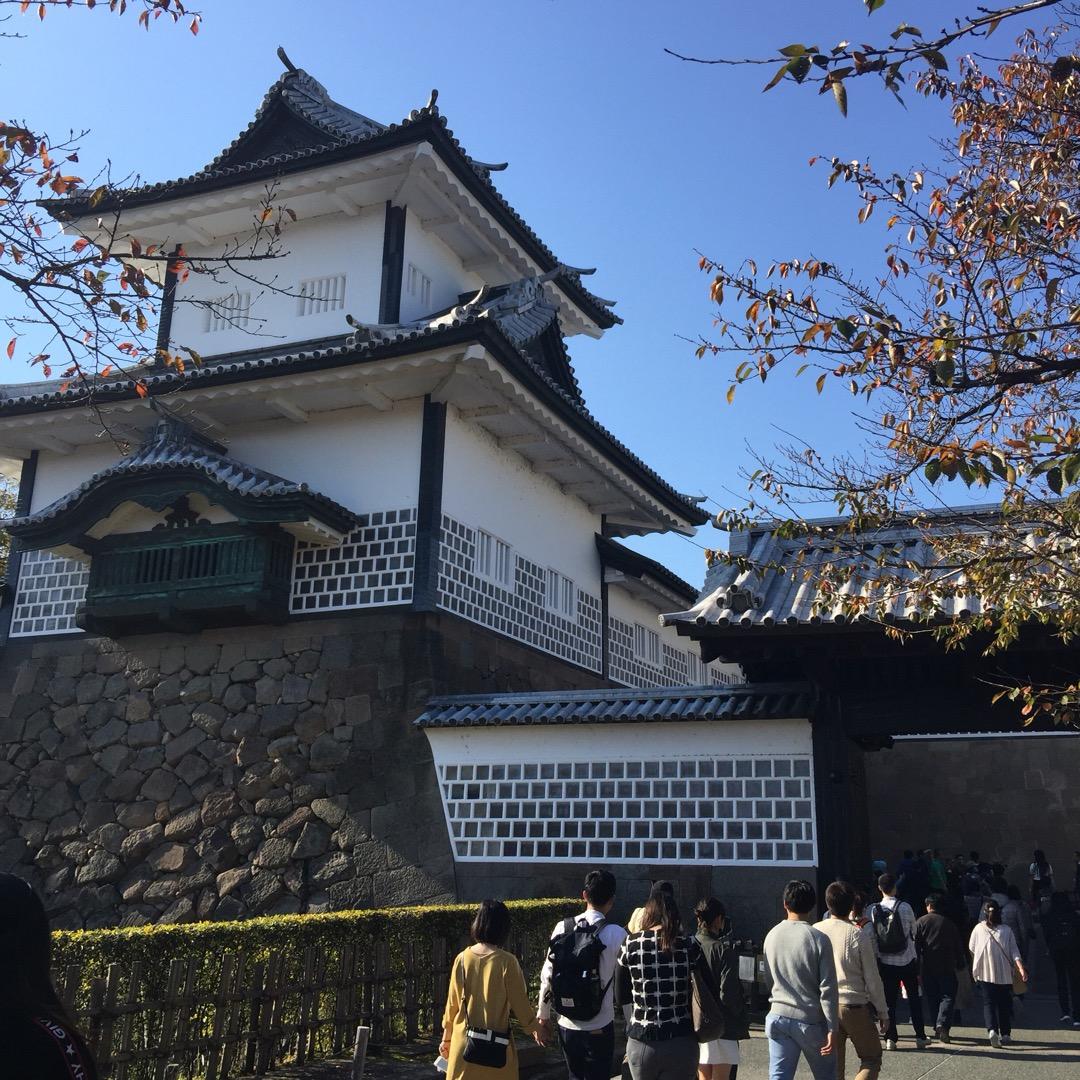#金沢城石川門 再建されたものなので比較的新しいのですが、ガイドさ...