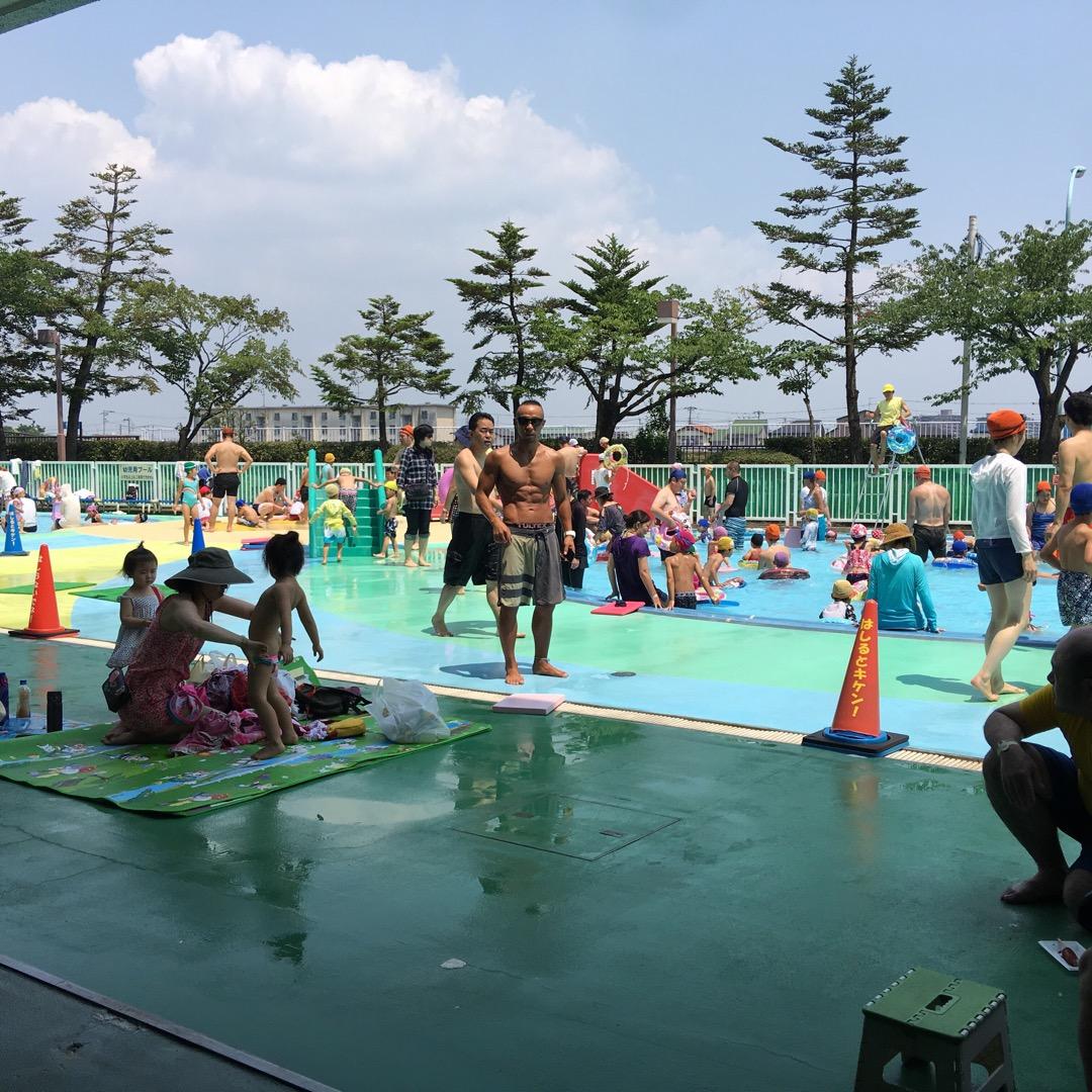 江戸川区にある江戸川スポーツランドのプールは小さい子供を連れて行く...