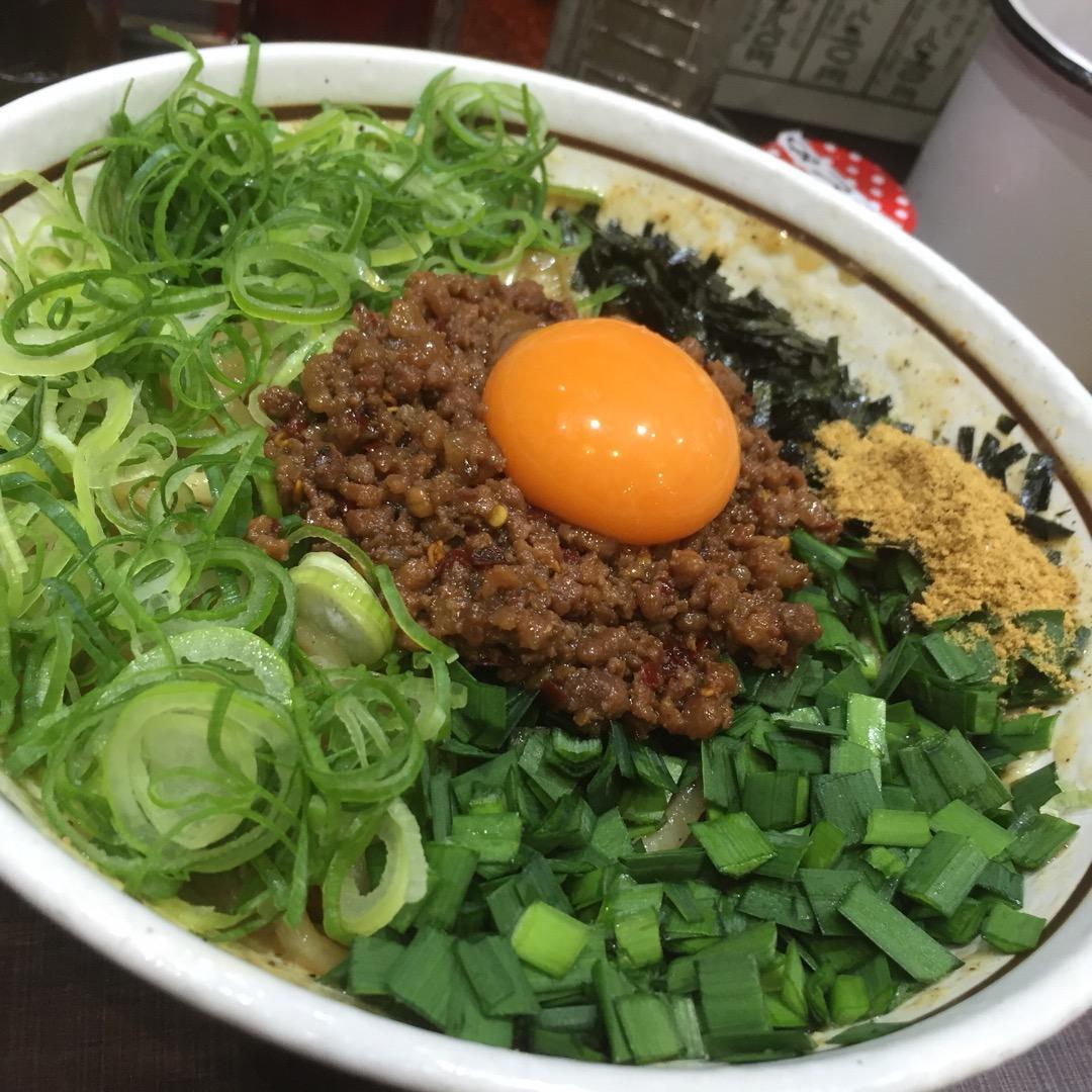 名古屋発祥の料理は本当にたくさんありますが、この台湾まぜそばも、実...
