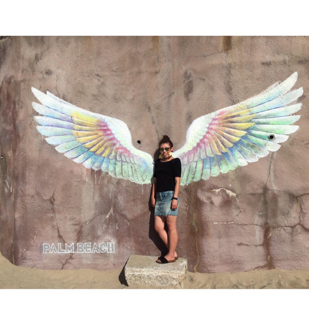 実はこんなかわいい羽が描かれた壁が糸島にあるんです⁽⁽ ◟(∗ ˊ...