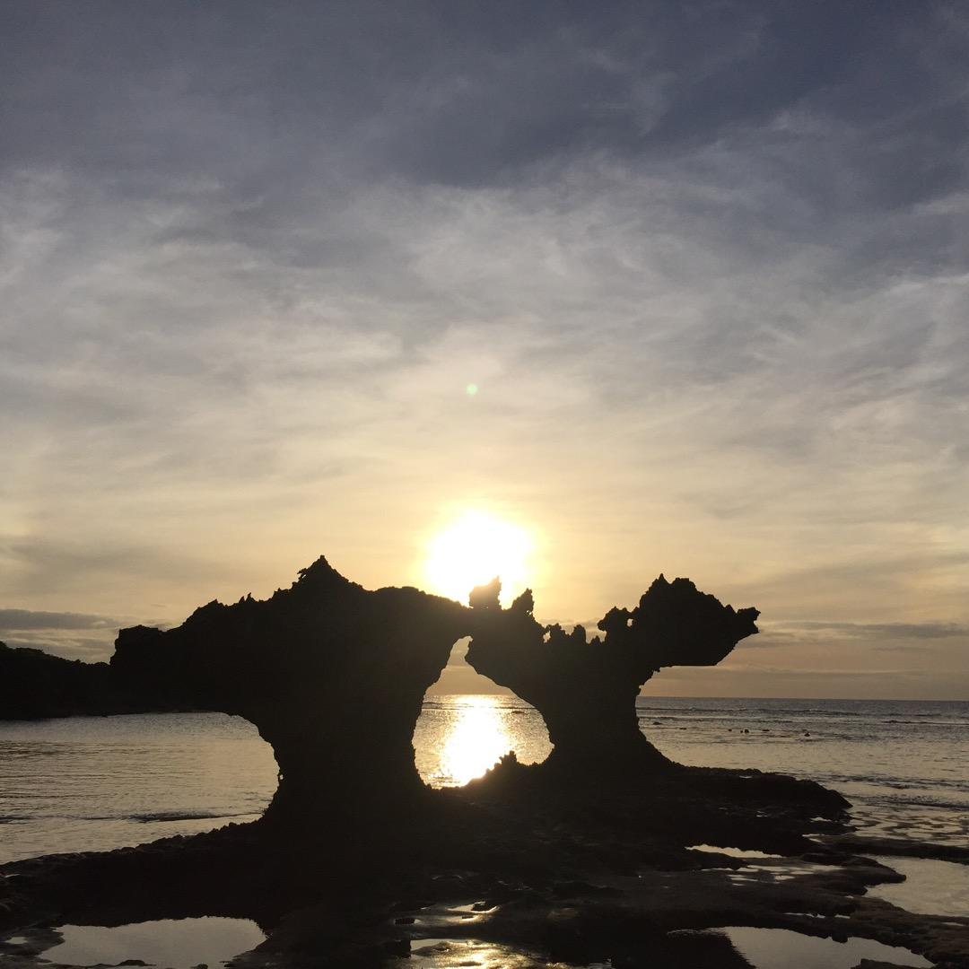 古宇利島にあるハートロック♡嵐もCM撮影で訪れたことがあるそうです...