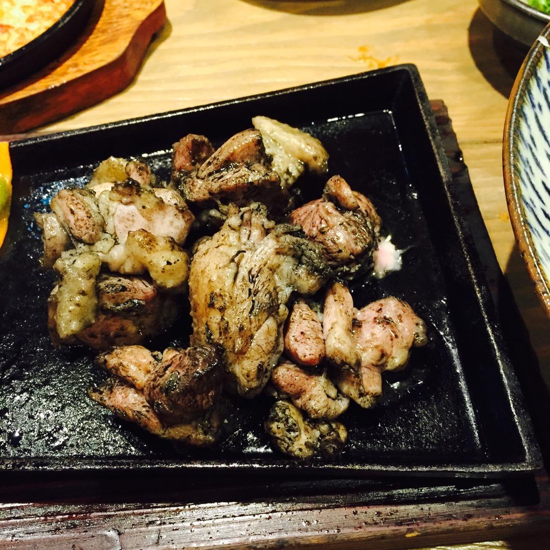 全国展開している宮崎県日南市の地鶏を使った居酒屋さん。鶏肉好きには...