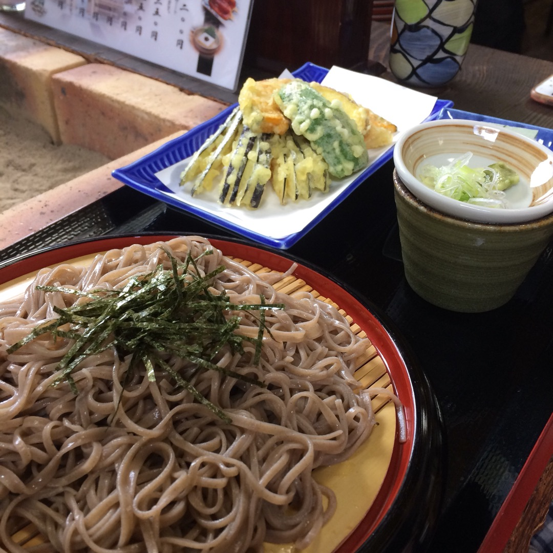 #門前屋 天ぷらも蕎麦もおいしゅう。豆腐も人気っぽい! #阿智村 ...