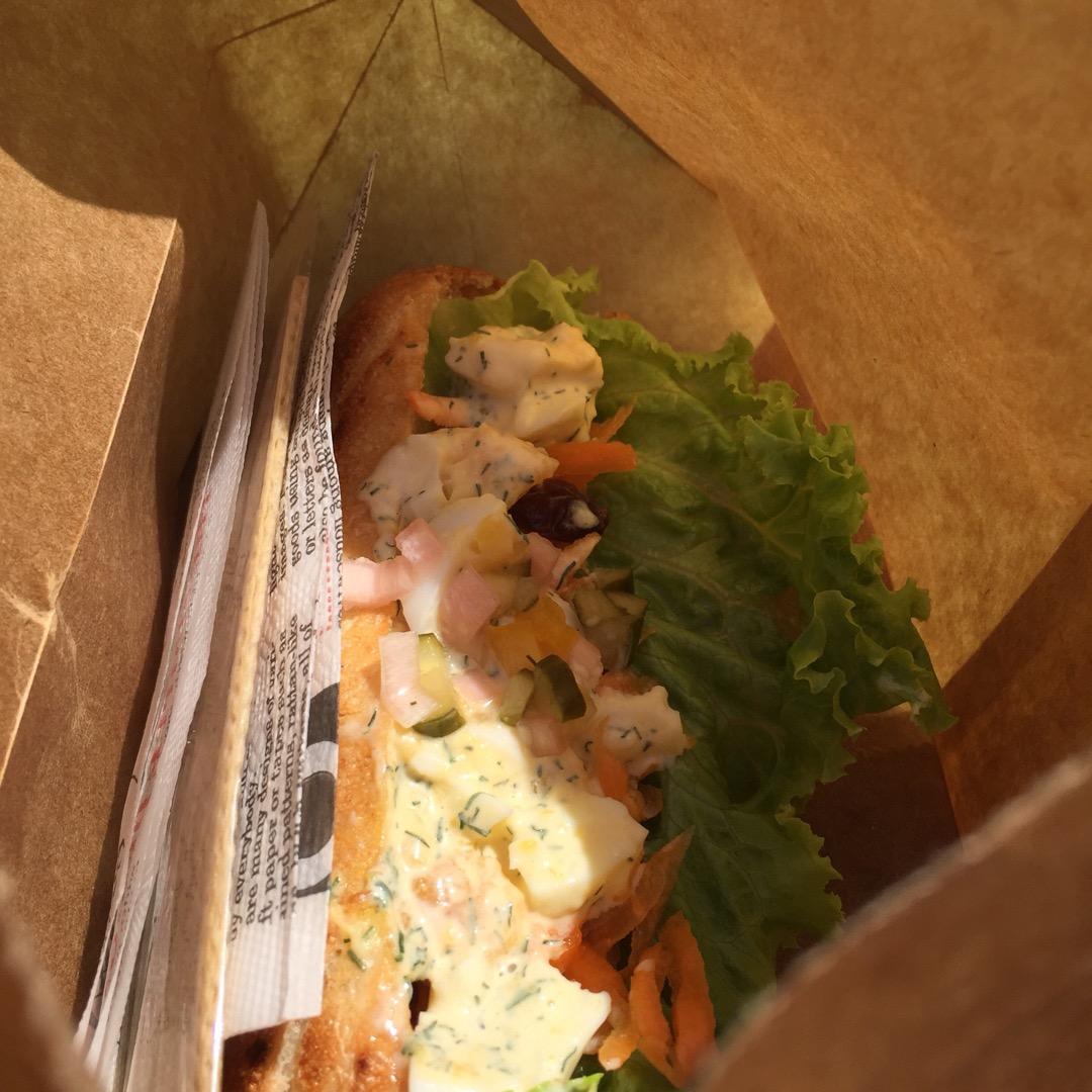 #shimacoya   こちらはタマゴサンド! 野菜がびーっしり...